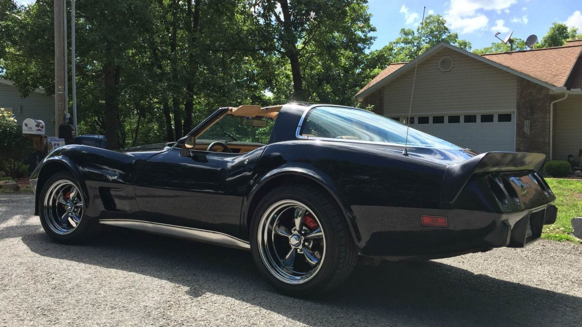 1979 Chevy Corvette With 17x8 And 18x9 Torq Thrusts