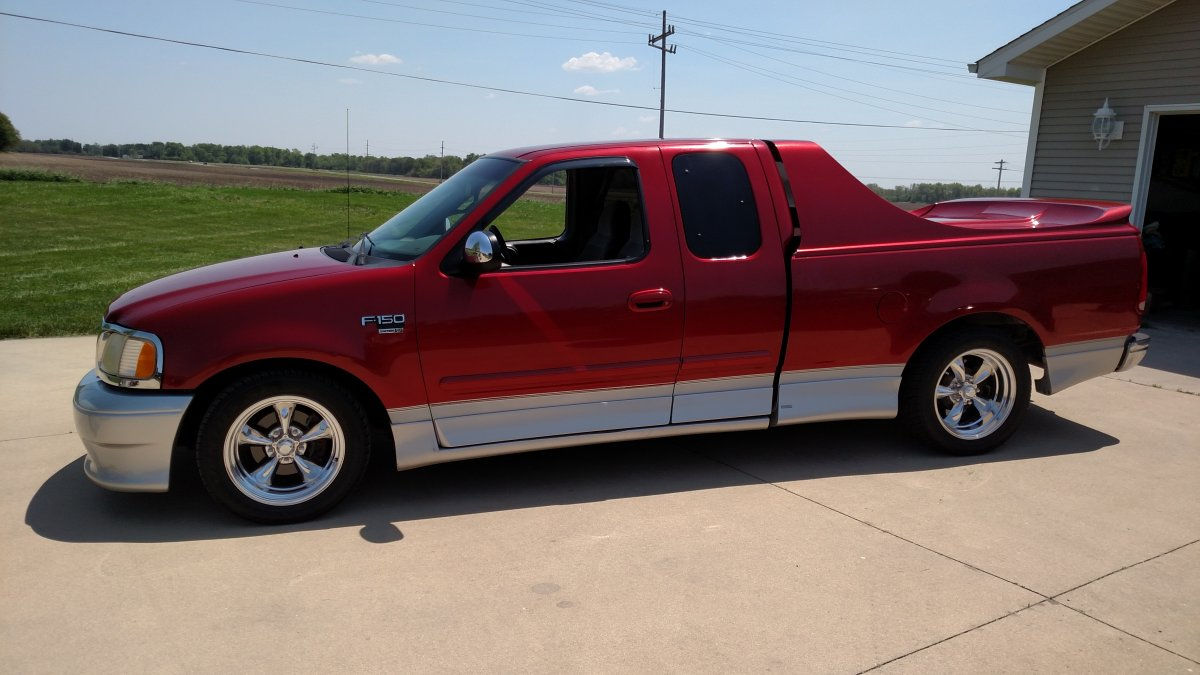 1999 ford f150 with torq thrust ii wheels. Black Bedroom Furniture Sets. Home Design Ideas