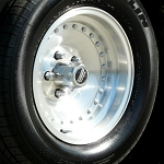 Outlaw I Wheel and Tire Package