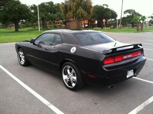 2010 Dodge Challenger With 20 Quot Foose Legends