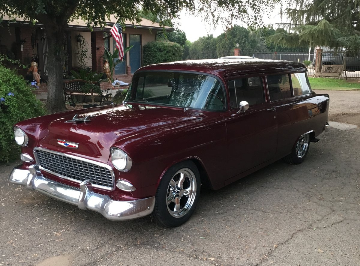 1955 Chevy Wagon with Vision Legends
