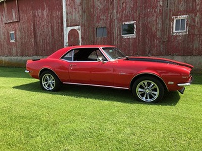 1968 Camaro with 17x7 and 17x8 Knuckle Package