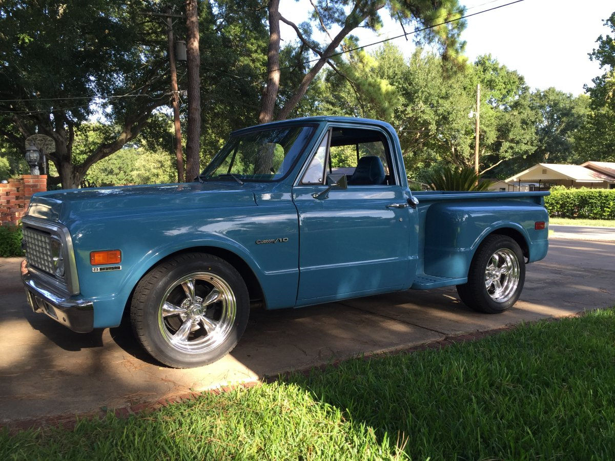 1971 Chevy C10 Stepside with Torq Thrusts