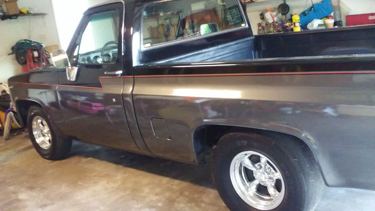 All Chevy chevy 1986 c10 : 1986 Chevy C10 with Staggered Torq Thrust II's