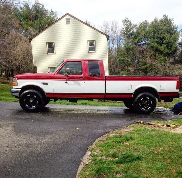 1997 Ford F250 With Moto Metal 951 Wheels