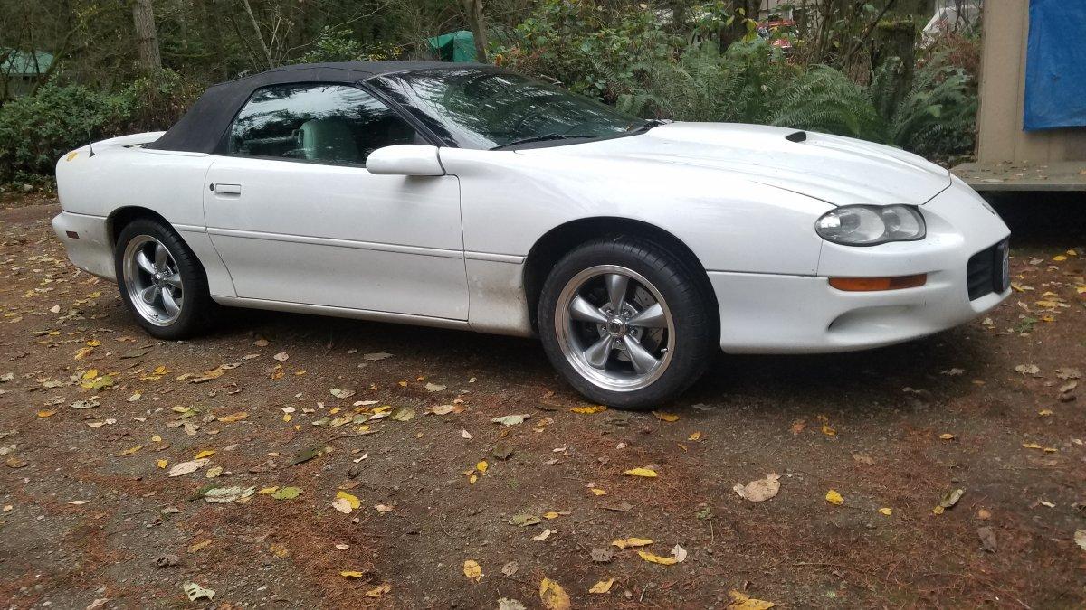 1999 Camaro with 17x9 Anthracite Torq Thrust M Wheels